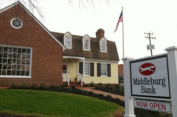 Middleburg Bank's new 3,000-square-foot property at 315 Libbie Ave. (Photo by Michael Schwartz)