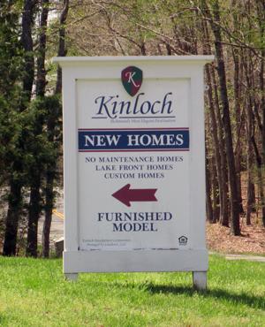 kinloch_sign
