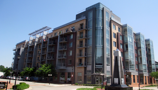 9 units are were auctioned off at 210 Rock. (Photo by Burl Rolett.)