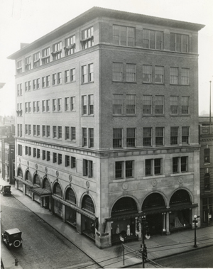 A shot of the building from the early 20th Century. (courtesy Valentine Richmond History Center.)