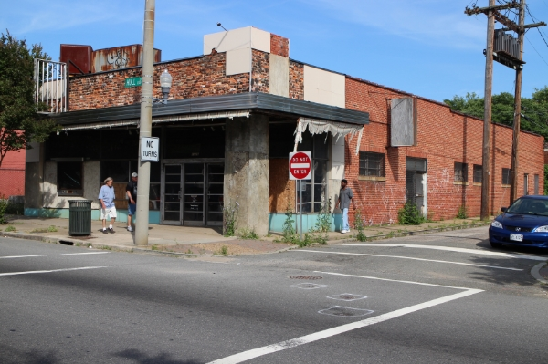 The old Lighthouse Diner building has sat vacant since the late '60s. Photo by Michael Thompson.