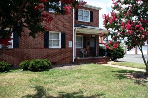 The apartments at River City Court, at Hanover Avenue and Nansemond Street, will also be auctioned.