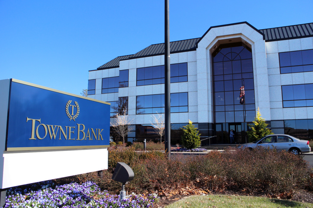TowneBank has finalized its takeover of a local bank.