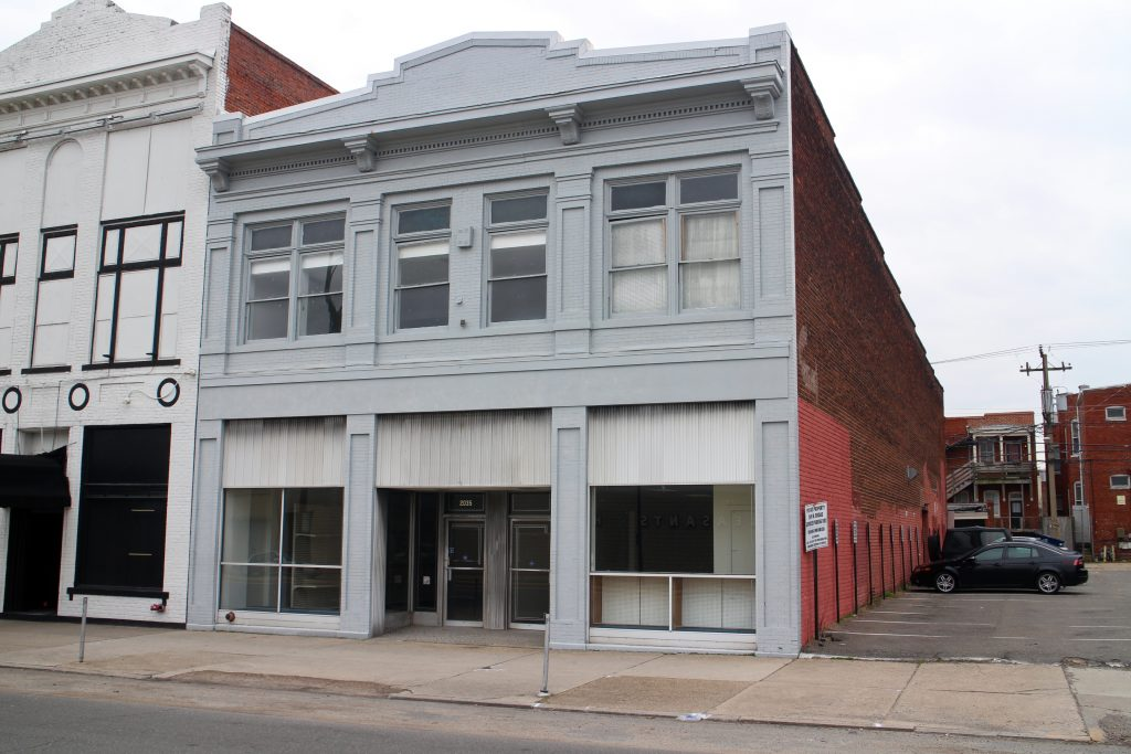 The 2035 W. Broad St. space is under new ownership. Photo by Katie Demeria.