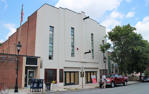 A former theater has been converted into more than 20 apartments and restaurant space. Photo by Michael Thompson.