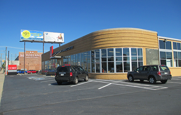Park Group is joining Cort Furniture in a Boulevard property next to the Movieland. Photo by Jonathan Spiers.
