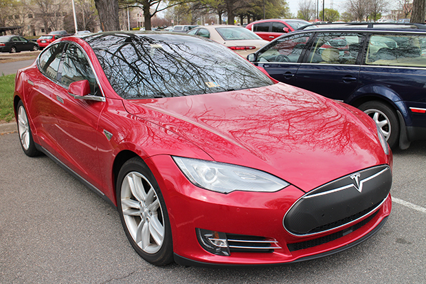 Several Teslas dotted the DMV parking lot during the March hearing. (Linda Dunham)