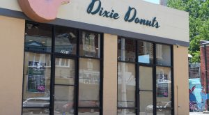 Dixie Donuts exterior