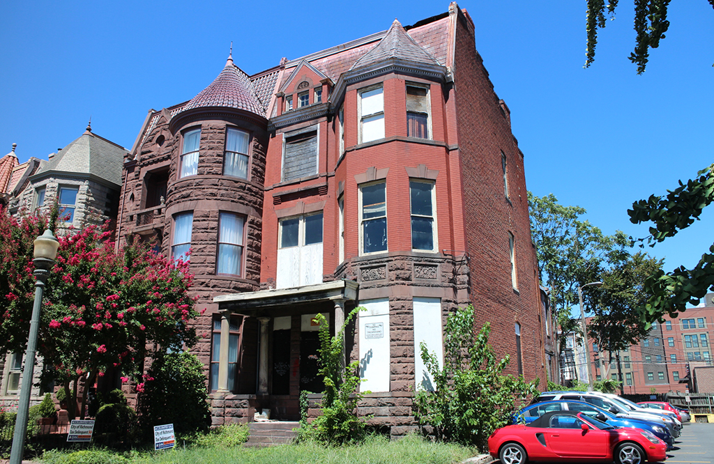 The row house at 1006 W. Franklin St. (Jonathan Spiers)
