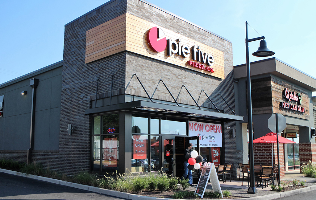 Pie Five Pizza Company opened it second location in metro Richmond Thursday at The Shops of Willow Lawn. (J. Elias O'Neal)
