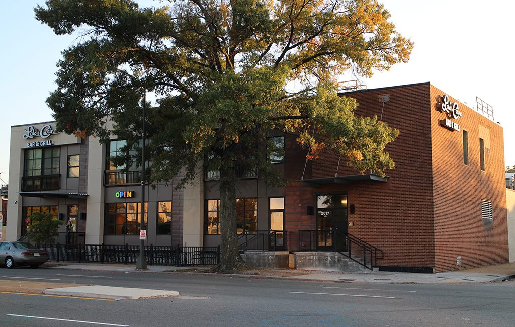 The building at 2617 W. Broad St. was purchased Oct. 14 for $1.9 million. (Michael Thompson)