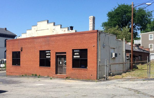 The former repair shop at 2018 E. Broad St. sold for $925,000. (Kieran McQuilkin)