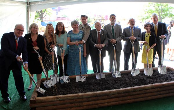 Government and VCU officials break ground on the School of Allied Health Professions building. (Mike Platania)
