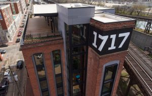 1717 building