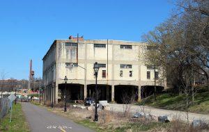intermediate terminal building