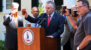 Gov. Terry McAuliffe raises a glass to Stone Brewing Co.'s partnership with the city. Photos by Evelyn Rupert.